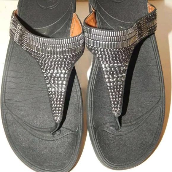 9ea16c43817eb1 ... FITFLOP 562-001 Womens Aztek Chada Leather Sandals order 0dcb7 bf039   FitFlop™ Carmel™ Toe Post ...